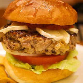 南仏アドモアゼルバーガー(burger house UZU (バーガーハウス ウズ))