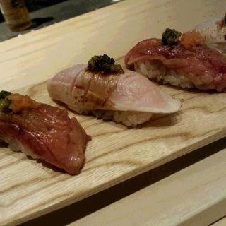 牛肉のお寿司(中目黒いぐちPIN)