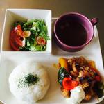 チキン南蛮ランチ(ひとくちスープサラダお替り自由ごはん付)