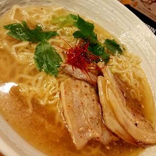 海老薫醤油ラーメン(麺劇場 玄瑛)