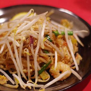 米麺焼きそば パッタイ(姫路のタイ屋台 玲)