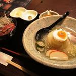 米沢牛ミニ丼と冷麺のセット(備長炭焼肉としゃぶしゃぶ 仔虎 国分町店 )