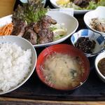 ホホステーキ定食(寿司吉 )