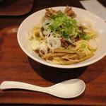 汁なし担々麺(つけ麺屋しずく )
