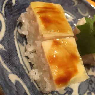 ムネ肉の鮨 バッテラ風(焼鳥 輝久)