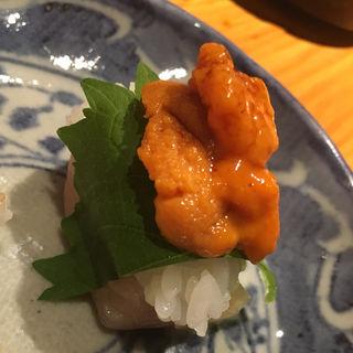 ささみと雲丹の鮨(焼鳥 輝久)