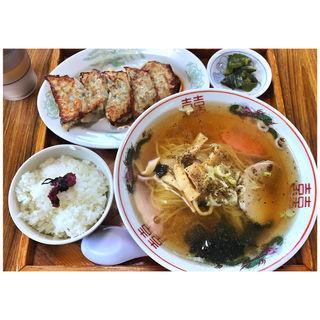ラーメン+餃子+半ライス(津山食堂 )