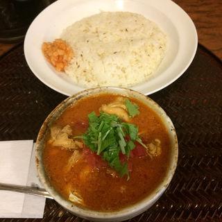 鶏もも肉とキャベツのさらさらチキンカレー(パンチマハル )