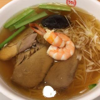 551麺(551蓬莱 「飲茶CAFE」伊丹空港店(南ターミナル) (ゴーゴーイチホウライ))
