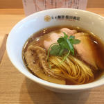 しょうゆらぁ麺(らぁ麺屋 飯田商店)