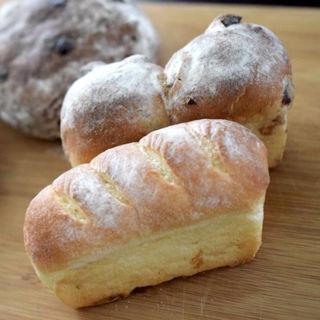 白豆とクリームチーズのパン(パン・ド・ラサ (Pain de LASA))