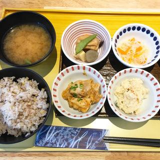 朝ご飯(京菜味のむら )
