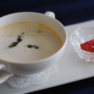 トマトのクリームポタージュ バジルの香り(ラ・プラージュ (La・Plage))