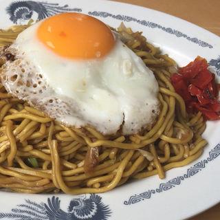 肉玉ダブル焼きそば(藤春食堂 (フジハルショクドウ))