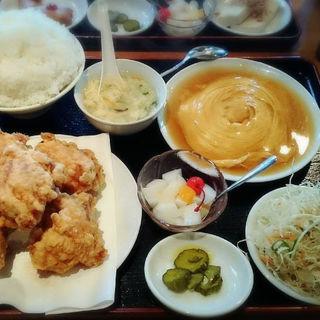唐揚げ定食(台湾料理 味軒 )