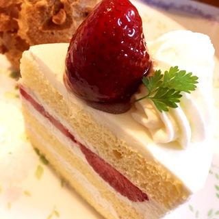 いちごのショートケーキ(プチプランス 上新庄店 (Petit Prince))