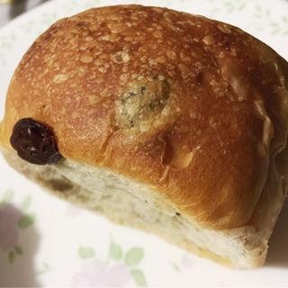 ヨーグルト酵母のレーズン食パン(パネッテリーア トリトン (PANETTERIA TORITON))