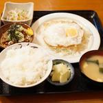 目玉焼定食(納豆つき)
