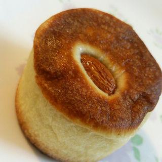 ラムレーズンのチョコクリームパン(ココロノ ベーカリー (cocorono bakery))