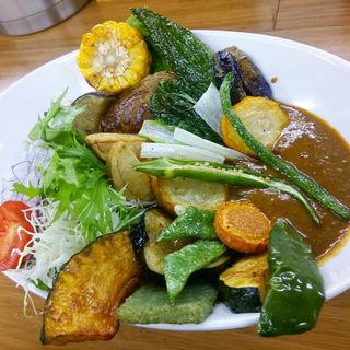 野菜ゴロゴロカレー(アーリオ・オーリオ (aglio olio))