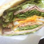 自家製ローストビーフのサンドイッチ(松涛カフェ Bunkamura店 (SHOTO CAFE))