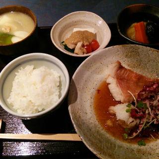 魚の定食(瑳こう (さこう))