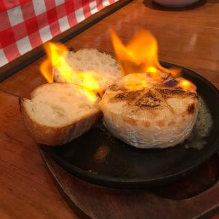炎のカマンベールチーズ(Oyster Bar ジャックポット 新宿 (オイスターバージャックポット))