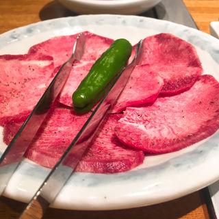 タン(神泉ホルモン 三百屋 (サンビャクヤ))