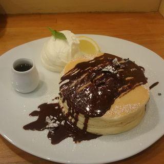 チョコミントパンケーキ(パンケーキママカフェ VoiVoi (ヴォイヴォイ))