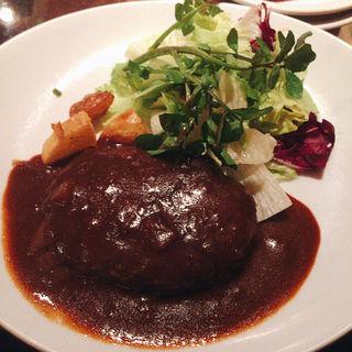 煮込みハンバーグ(トウキョウ・アパートメント・カフェ (Tokyo Apertment Cafe))
