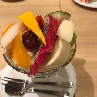 フルーツみつ豆(果実園 リーベル 新宿店)