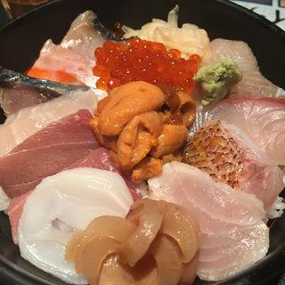 海鮮丼(刺身BAR 河岸頭 (かしがしら))