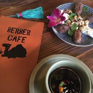 (ベルベルカフェ (Berber cafe))