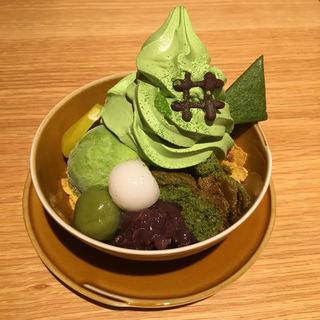 贅沢抹茶パフェ(イヅツカフェ (IZUTSU CAFE))