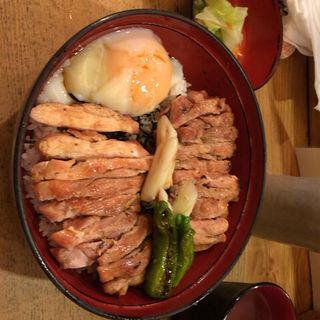 焼鳥丼(溜池 酉玉 (ためいけとりたま))