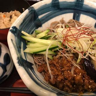 揚げ茄子と肉味噌のピリ辛冷やしそば定食(信州そば処そじ坊 緑地公園店)