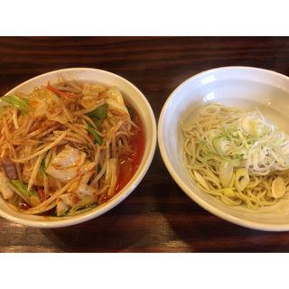 ファイヤー冷やし味噌野菜(旨辛タンメン ファイヤーマウンテン)