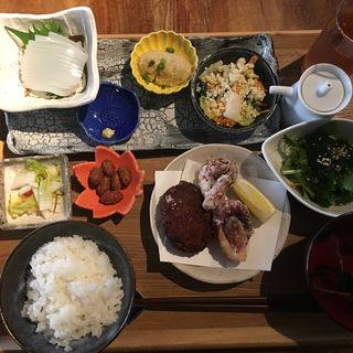 島めぐりランチ御膳(離島キッチン 神楽坂店 )