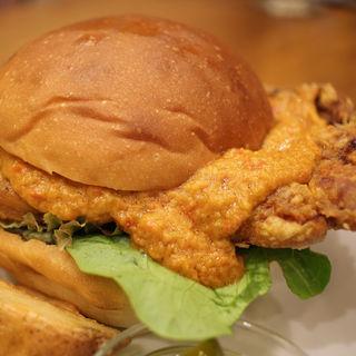 アメリカチキンバーガー(burger house UZU (バーガーハウス ウズ))