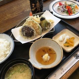 天ぷら定食(割烹 清乃 北口店 (カッポウキヨノ))