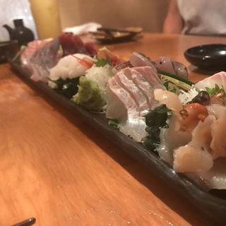 刺身盛り合わせ(魚輝 (ウオテル))