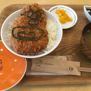 ジャイアンとカツ丼(みそ汁付)(藤子・F・不二雄ミュージアムカフェ )
