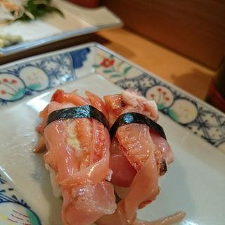 赤貝(丸十寿司南店)