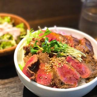 ステーキ丼(ワイルドステーキ 大須店)