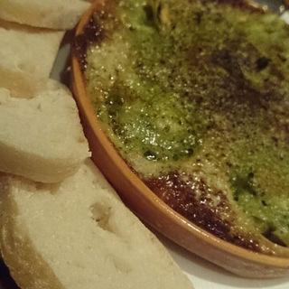 つぶ貝のエスカルゴバター焼き(びすとろ UOKIN はなれ )