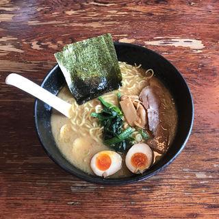 味玉ラーメン(麺大盛り)(横濱家 立川店 )