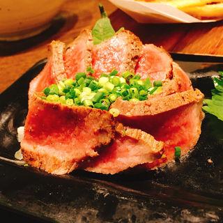 黒毛和牛のたたき(かぶ金とん 渋谷桜丘店 )