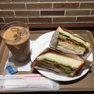 ツナとトマトのサンドイッチ(志津屋 烏丸御池店 (SIZUYA))