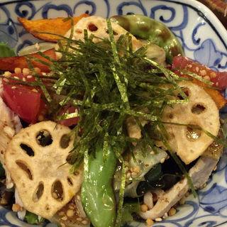 加賀野菜と鳥肉のサラダ(くろ屋 (くろや))