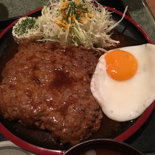 特製ハンバーグ定食(洋食亭 寅安 )